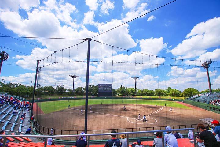 広角レンズ撮影野球場